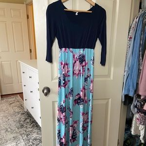 Maxi dress - can be worn as maternity